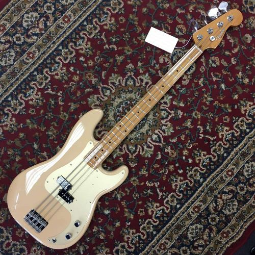 Fender 50s Precision Bass Maple Fingerboard Honey Blonde